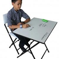 میز پایه بلند سفید با صندلی تاشو
